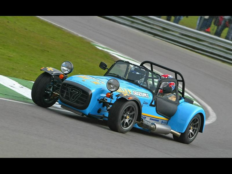 2004CaterhamSuperlightR500EvolutionRizlaSuzukiTrack1280x960.jpg